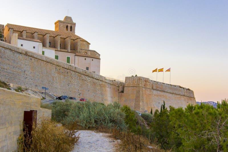 Allmän sikt från den medeltida fästningen, Ibiza, Eivissa ö, Balearic Island, Spanien royaltyfri fotografi