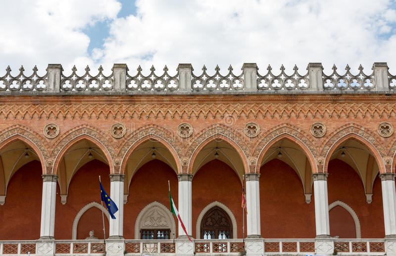 Alloggi Amulea nella grande piazza del della Valle di Prato anche conosciuta come il ` Duodo Palazzo Zacco di Ca a Padova fotografie stock
