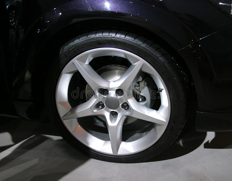 Download Alloy Wheel Royalty Free Stock Image - Image: 16186
