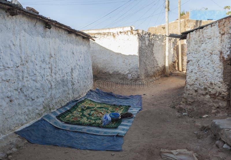 Allt är förberett för kaffeceremoni Harar ethiopia fotografering för bildbyråer
