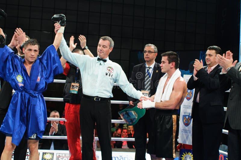 Allumette de boxe pour le titre méditerranéen de WBS photo libre de droits