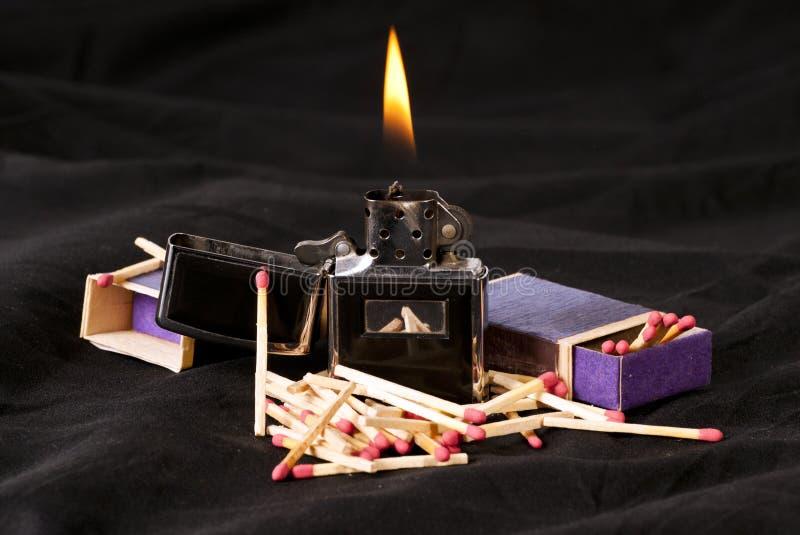 Allumette de flamme photographie stock libre de droits