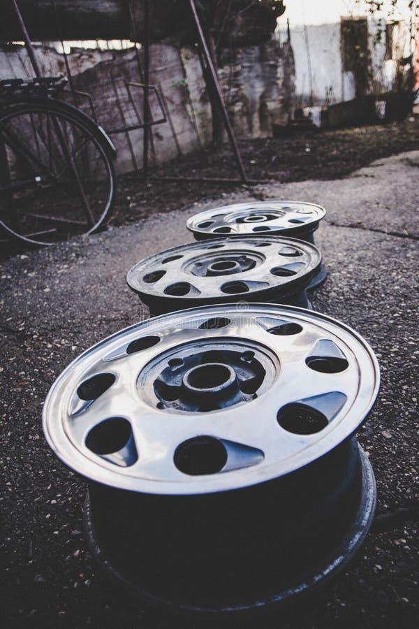Alluminium bilkanter 16 tum fotografering för bildbyråer