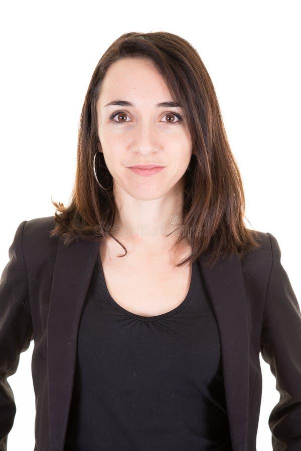 Allvarlig stående för Headshot för affärskvinna på vit bakgrund arkivfoto