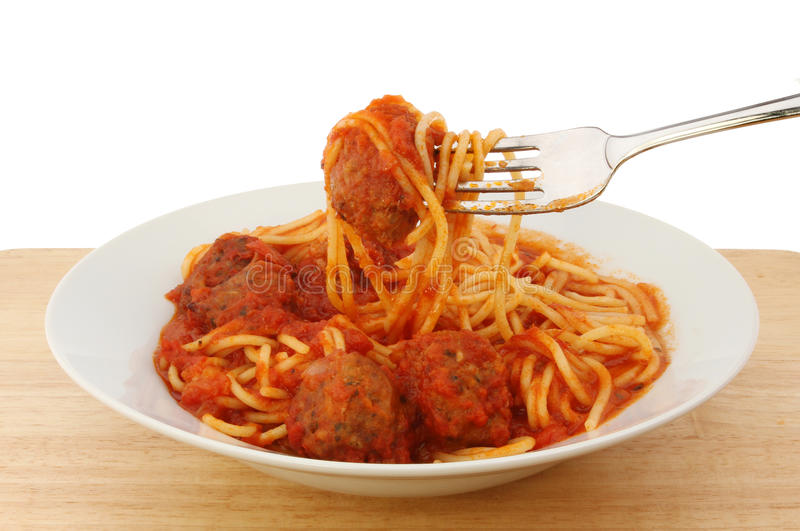 Almôndegas dos espaguetes fotografia de stock