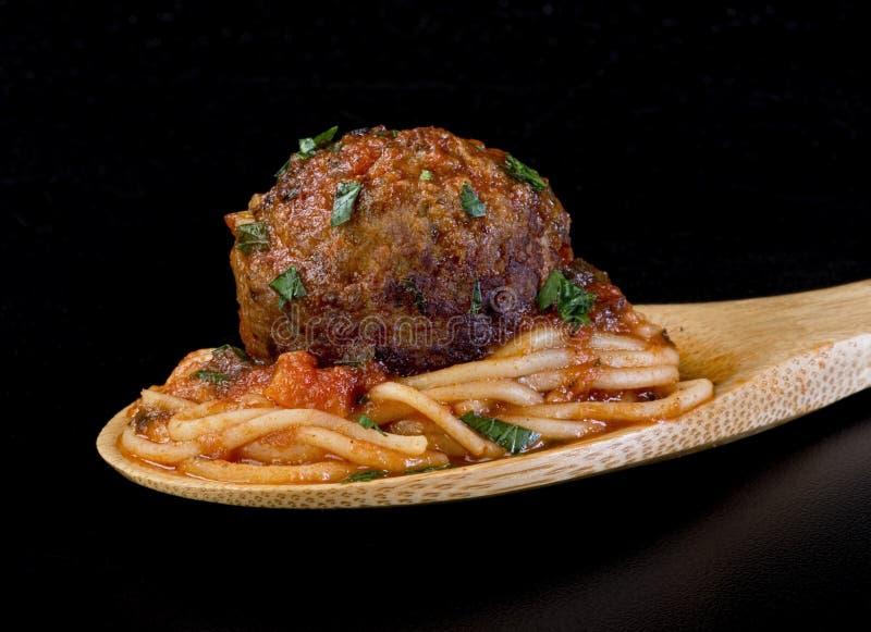 Almôndegas e espaguetes. fotos de stock royalty free