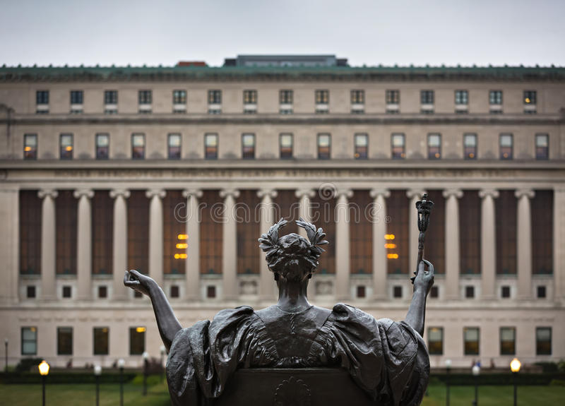 Alma Mater da Universidade de Columbia, New York City, EUA fotografia de stock