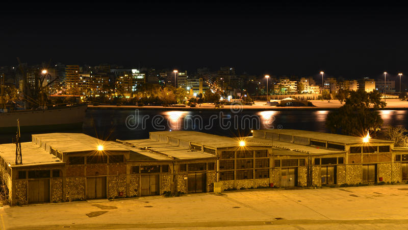 Almacén viejo del puerto de Pireo fotos de archivo libres de regalías