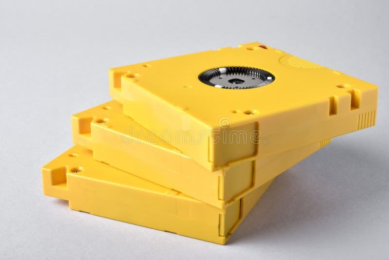 Almacenamiento de 3 datos de la cinta magnética LTO-10 foto de archivo