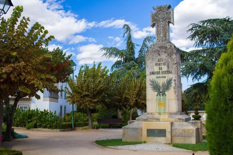 Almeida Beira Alta, PORTUGAL - SEPTEMBER 14, 2017: Monument till royaltyfri foto
