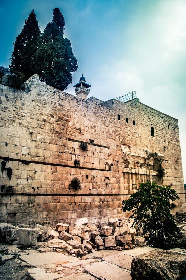 Alminar de la mezquita del al-Aqsa Pared meridional de la Explanada de las Mezquitas en Jerusalén, Israel imagen de archivo