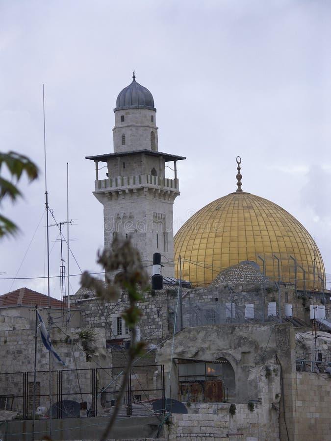 Alminar y mezquita del oro foto de archivo libre de regalías