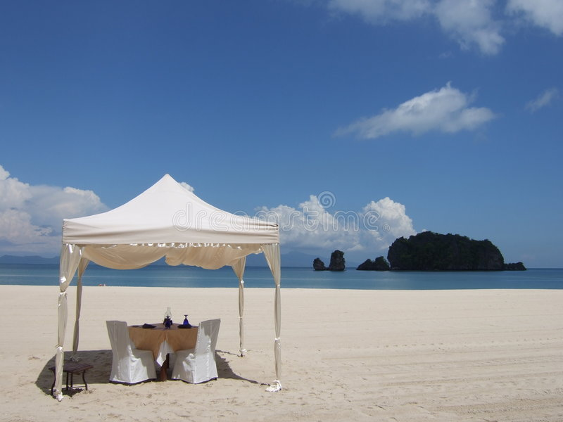 Almoço na praia fotografia de stock royalty free