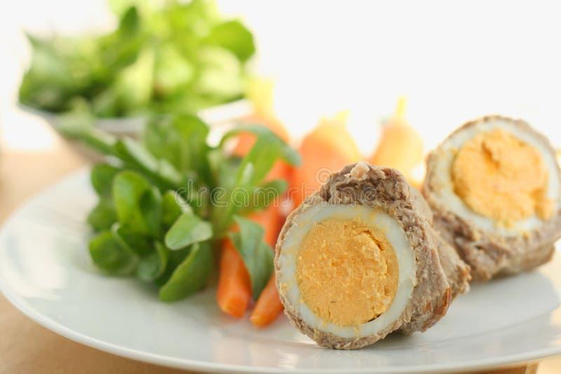 Almoço ou jantar da Páscoa imagens de stock royalty free