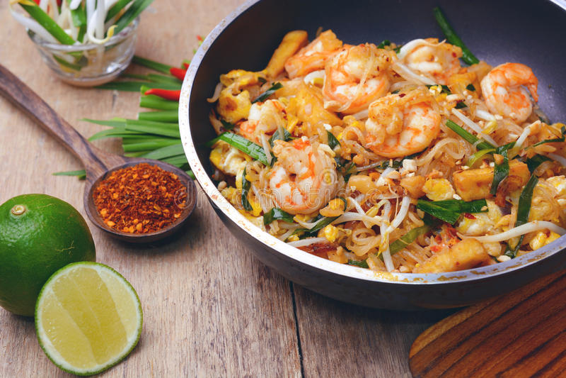 Almofada do camarão tailandesa imagem de stock royalty free