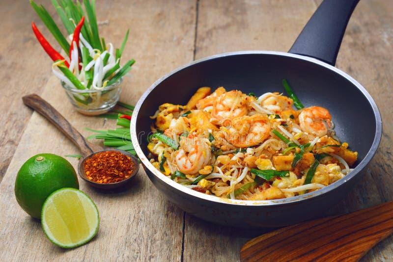 Almofada do camarão tailandesa foto de stock