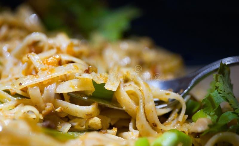Almofada tailandesa com Cilantro fotos de stock