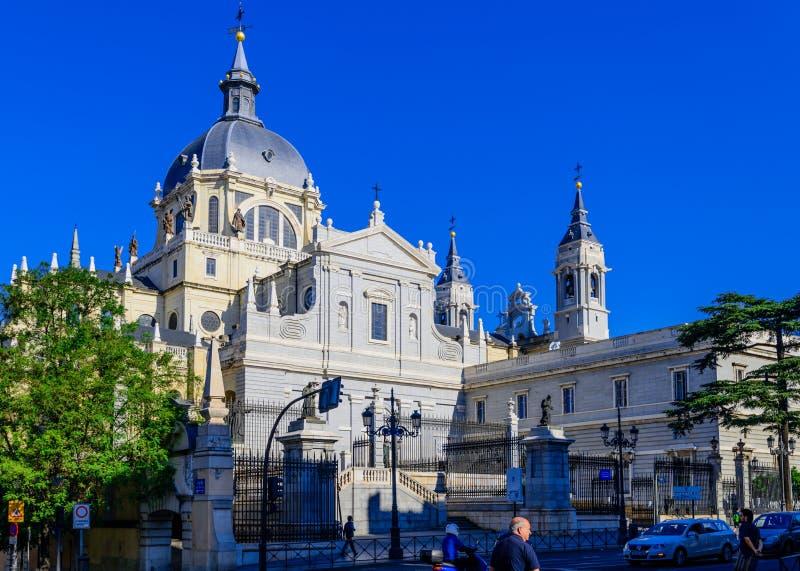 Almudena大教堂 库存图片