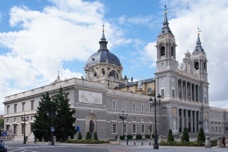 almudena大教堂la玛丽皇家圣徒 免版税库存照片