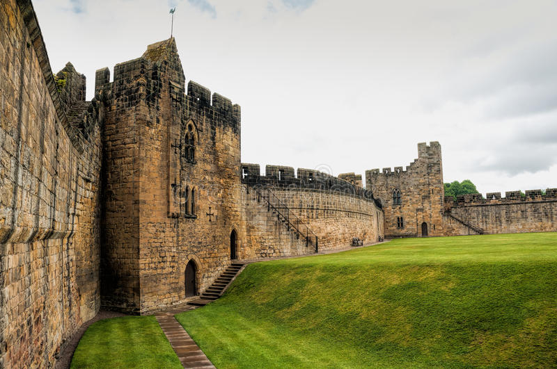 castel and grounds - Review of Alnwick Castle, Alnwick ...