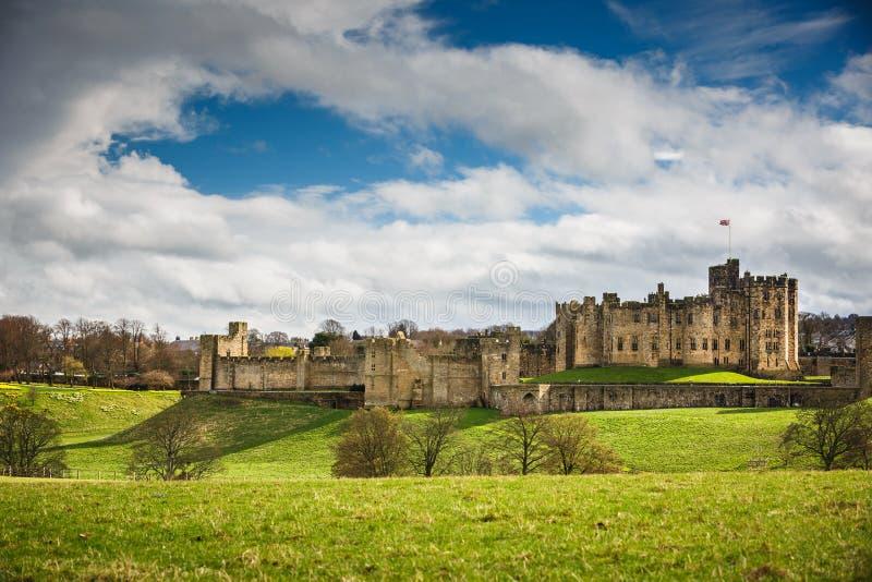 Alnwick slott, Northumberland royaltyfri bild