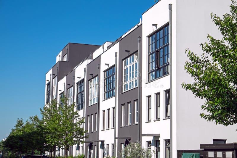 Alojamento de série moderno em Berlim foto de stock