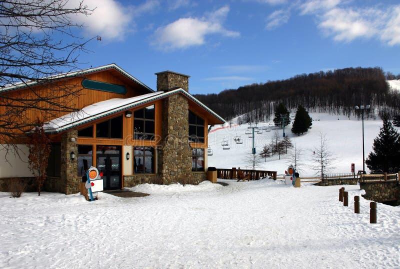 Alojamento do esqui fotografia de stock