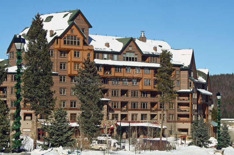 Alojamento do esqui fotografia de stock royalty free