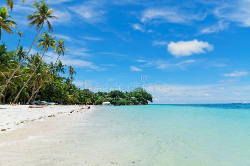 Alona Beach auf Panglao-Insel, Philippinen lizenzfreie stockfotos