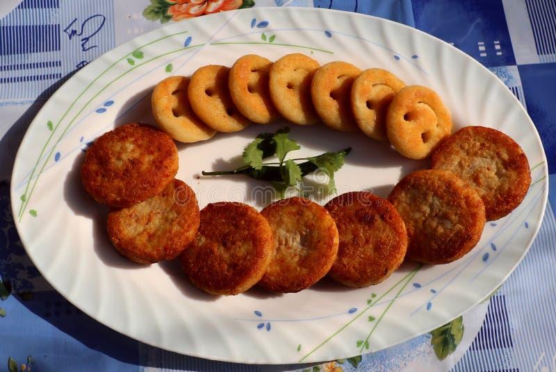 Aloo Tikki ou Fried Potato Patties image stock