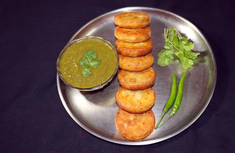 Aloo Tikki ou Fried Potato Patties photo stock