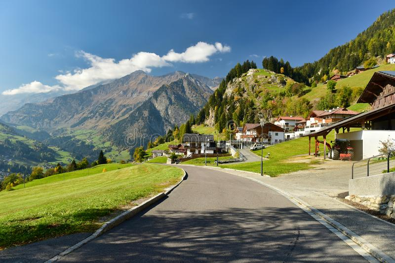 Alpejska wioska Stulles Po?udniowy Tyrol, W?ochy obraz stock