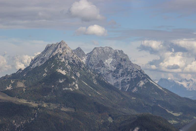 Alpen-Gebirgslandschaft lizenzfreies stockfoto
