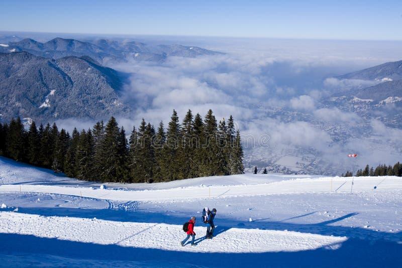 Alpen im Winter lizenzfreie stockfotos