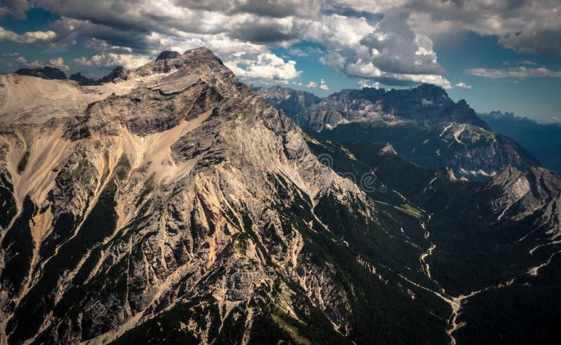Alpenantennenfoto stockbilder