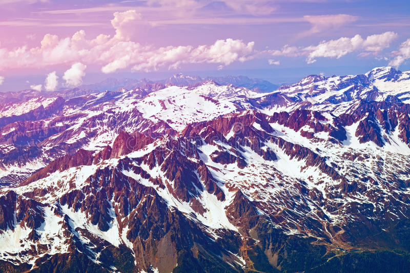 Alpes in der Dämmerung lizenzfreies stockbild