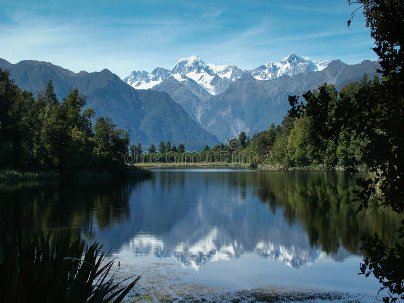 Alpes du sud de lac Matheson images libres de droits
