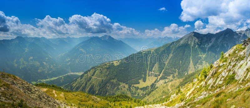 Alpes en été photo libre de droits