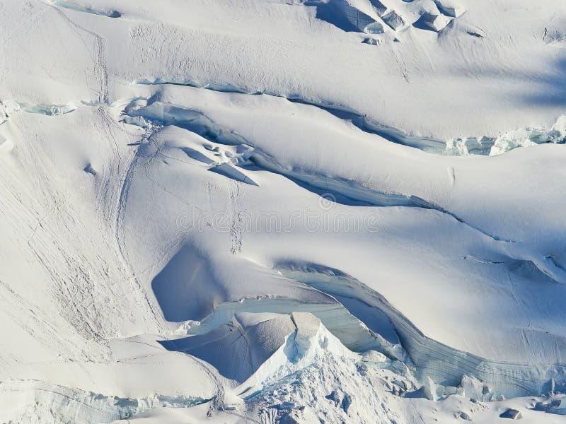 Alpes, Mont Blanc et glaciers français comme vu d'Aiguille du Midi, Chamonix, France images libres de droits
