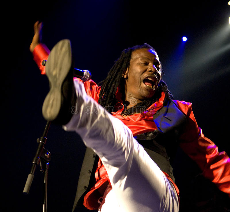 Alpha Blondy 2008 royaltyfria foton