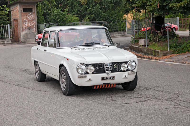 Alpha italien romeo Giulia de voiture de vintage photographie stock