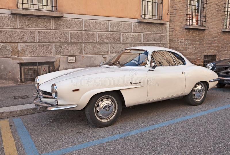 Alpha italien Romeo Giulia SS (1964) de voiture de vintage images stock