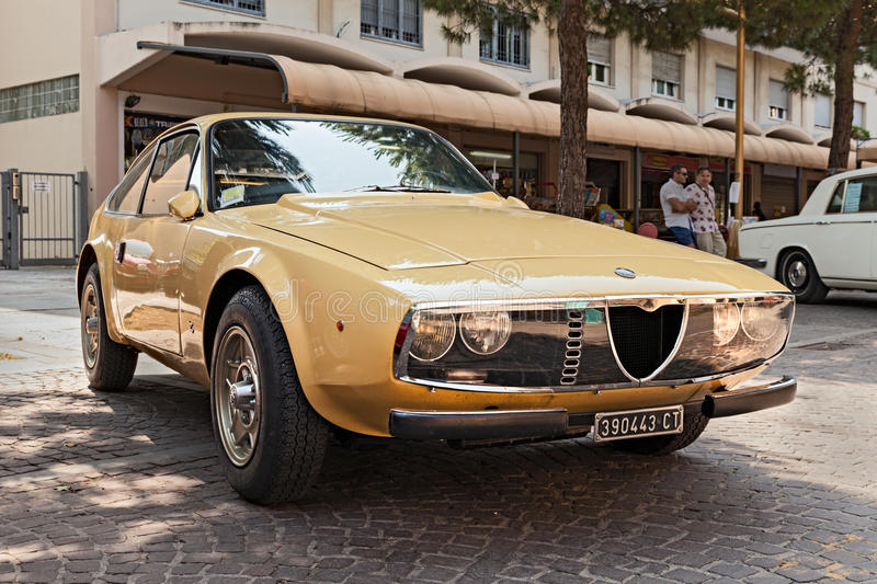 Alpha Romeo Junior Zagato de voiture de vintage photo stock