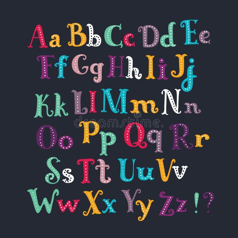Alphabet latin Ensemble de taille différente de couleur blanche tirée par la main de lettres d'isolement sur le fond noir illustration stock