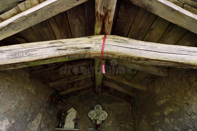 Alpi Apuane,福尔泰德伊马尔米,卢卡,托斯卡纳,意大利 教堂refu 免版税库存图片