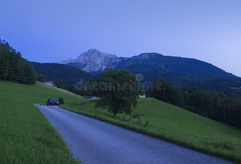 Alpi bavaresi al crepuscolo fotografia stock