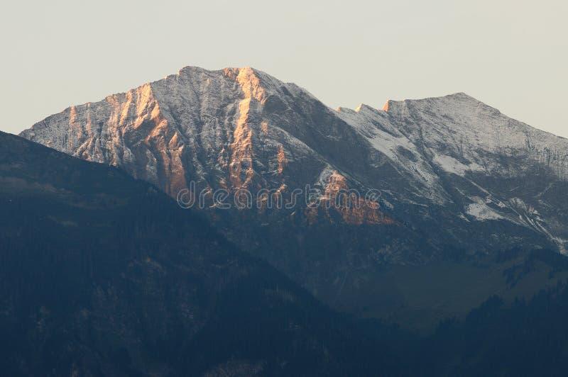 Alpi svizzere in Thun fotografie stock libere da diritti
