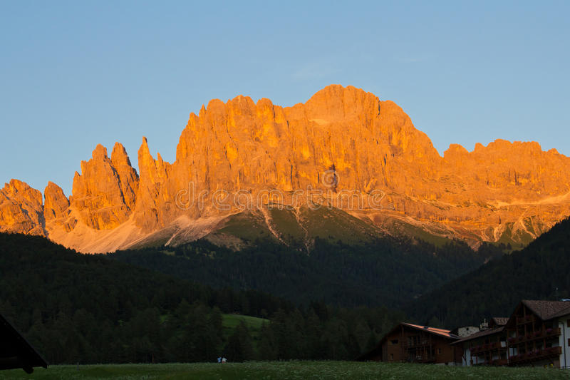 Alpiene gloed, dolomiet stock afbeelding