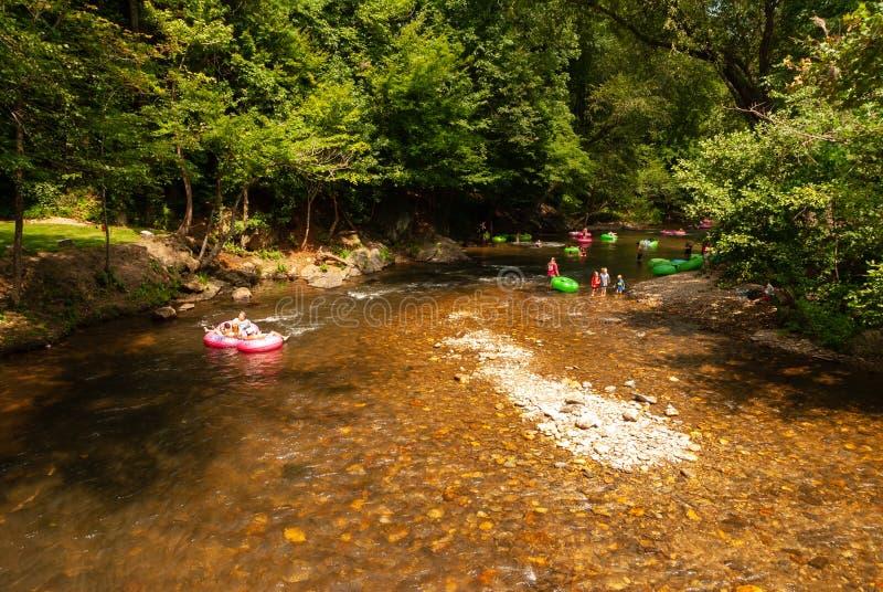 Alpiene Helen Georgia River Tubing stock afbeeldingen