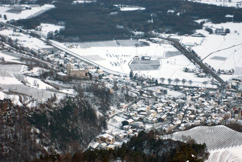 Alpiene Stad, Noordelijk Italië stock foto's